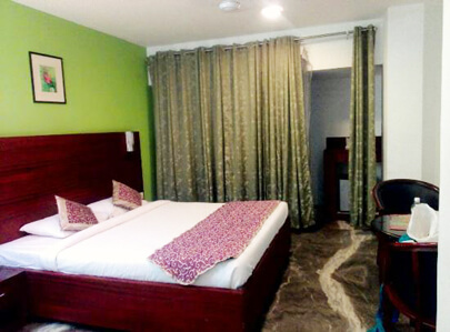 Hotels in Thrissur - Deluxe Room
